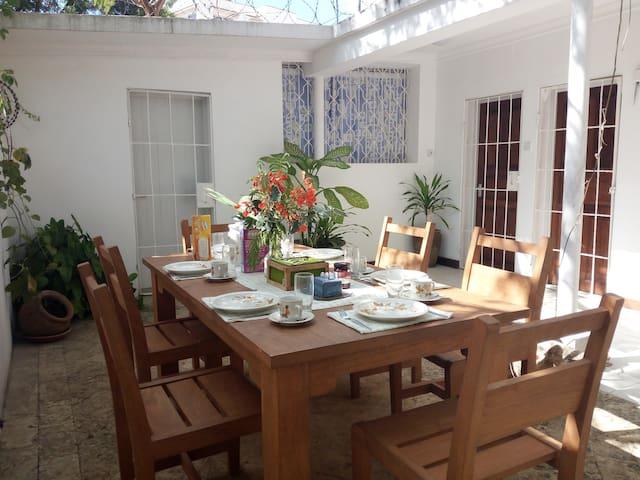 Mawimbi Cottage - Mombasa - Bungalo