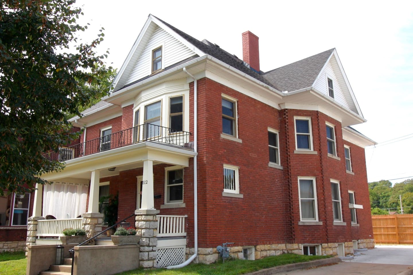 Blvd. Inn- The home was built as a boarding house in 1902 to handle the numerous visitors coming for the healing waters
