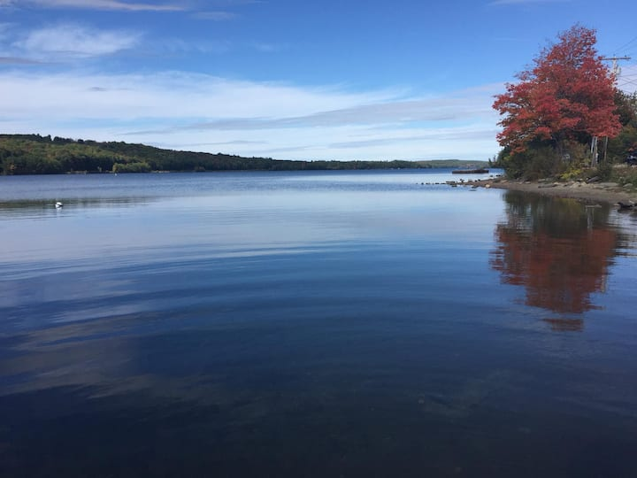 Year-Round Lake Life Close to Augusta & Lewiston