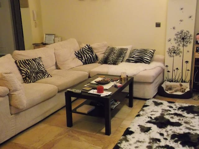 Spacious modern apartment in Arenas village - Arenas - Apartamento