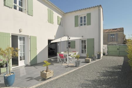 Villa proche du centre village - Rivedoux-Plage
