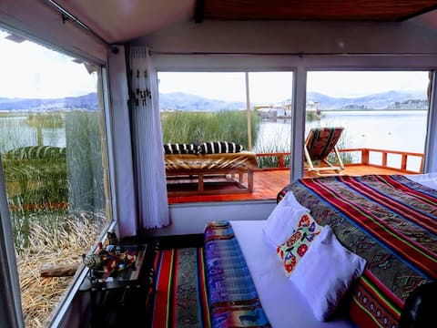 Uros Luz do Titicaca