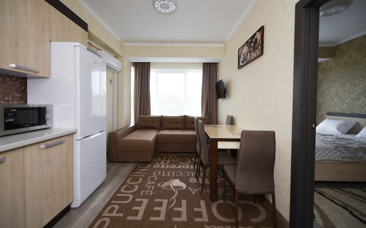 (5)Apartment near at City center.