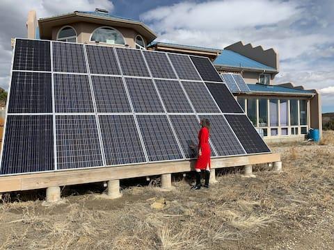 Amazing View Offgrid Solar Eden @ Anderson Ranch