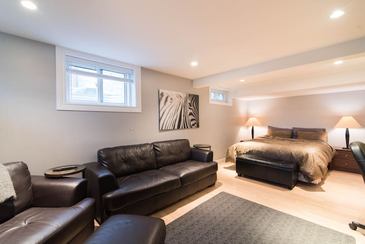 Bright, open, renovated room