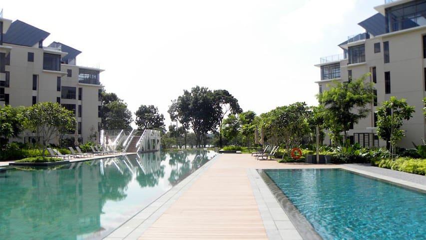 Resort living @ Miltonia - Singapur - Apartament
