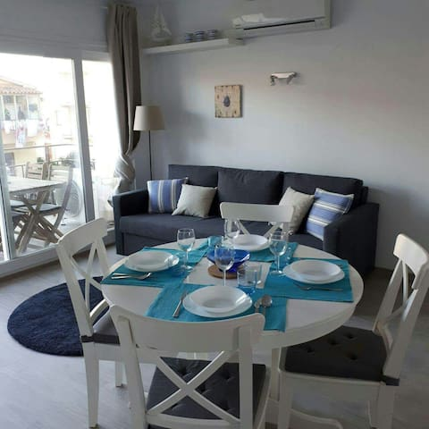 Apartment in Estartit, 100mts from the beach