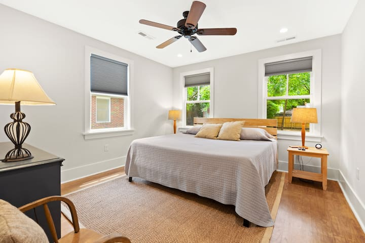 Master Bedroom with King size memory foam bed