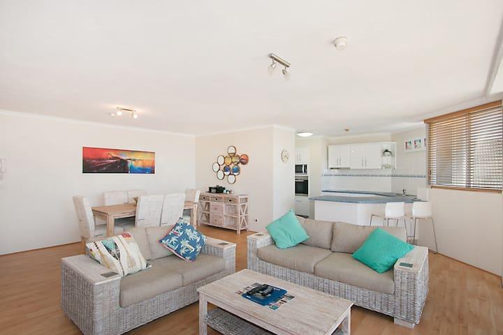Gorgeous 2 bedroom apartment Rainbow Bay