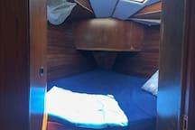 Duerme en un velero en los Haitises