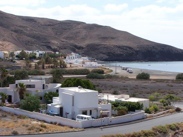 Strandnahe Ferienwohnung Fuerteventura mit Pool - Giniginamar - Huoneisto