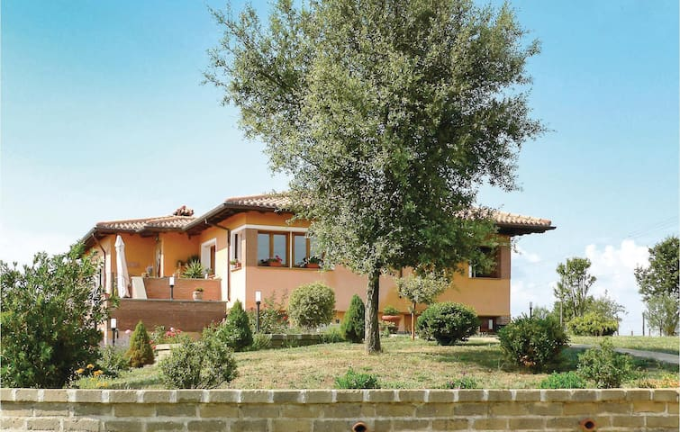 Holiday apartment with 1 bedroom on 64 m² in Canale Monterano RM