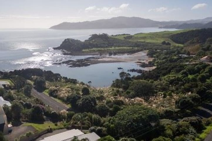 Cove View - 1 Bedroom Unit - Cable Bay - Apartamento