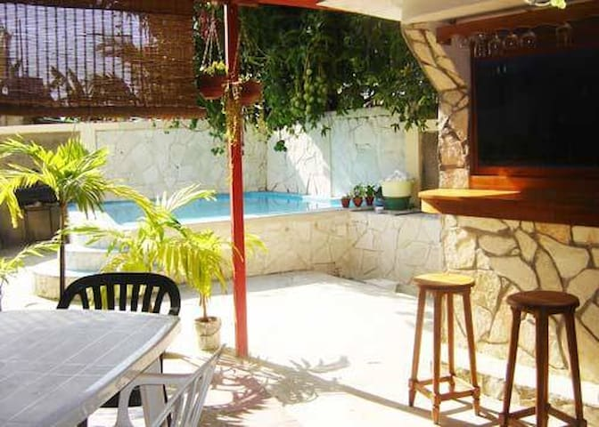 Relax with swimming pool in the Habana :Daylin 1 - La Habana - Ev