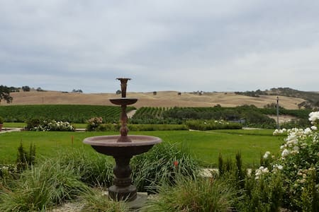 Tuscany in Paso Robles - Bed & Breakfast