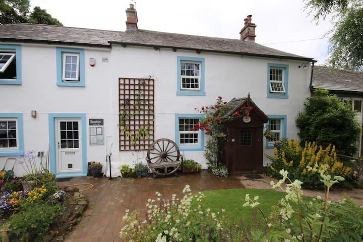 Wallace lane farm B&B Room 1 family - Brocklebank - Bed & Breakfast