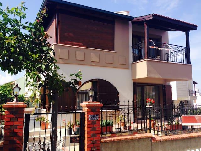 Villa Beray - Ayvalık - Hus