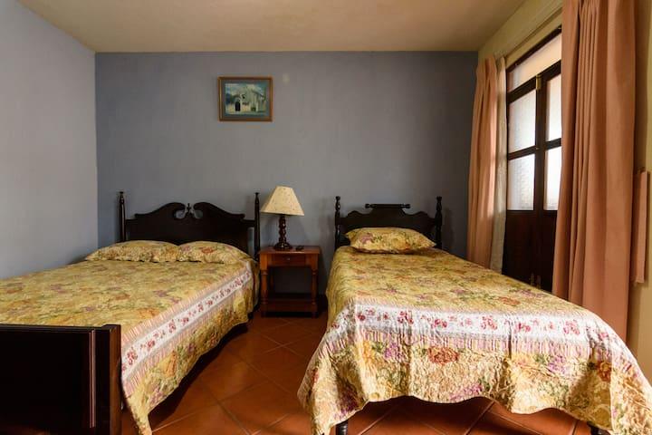 Excelente habitación en el centro de La Antigua
