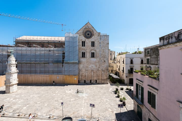 HOUSE VIEW CATHEDRAL - Bitonto