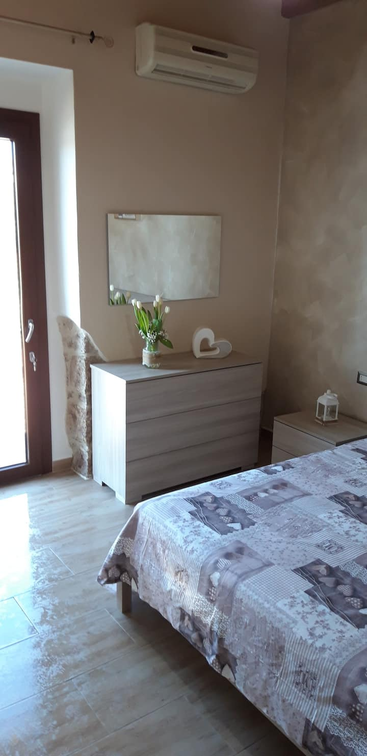 camera  SEMIDANA - bed & breakfast gli ulivi