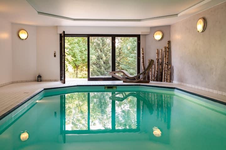 Grande chambre dans Villa, calme, piscine