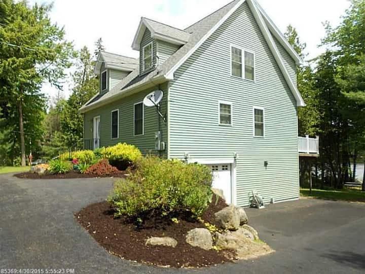 Beech Hill Pond House - Near Acadia NP!