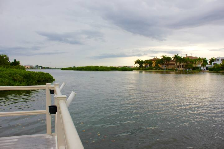 Beautiful Condo Pefectly Located on Siesta Key