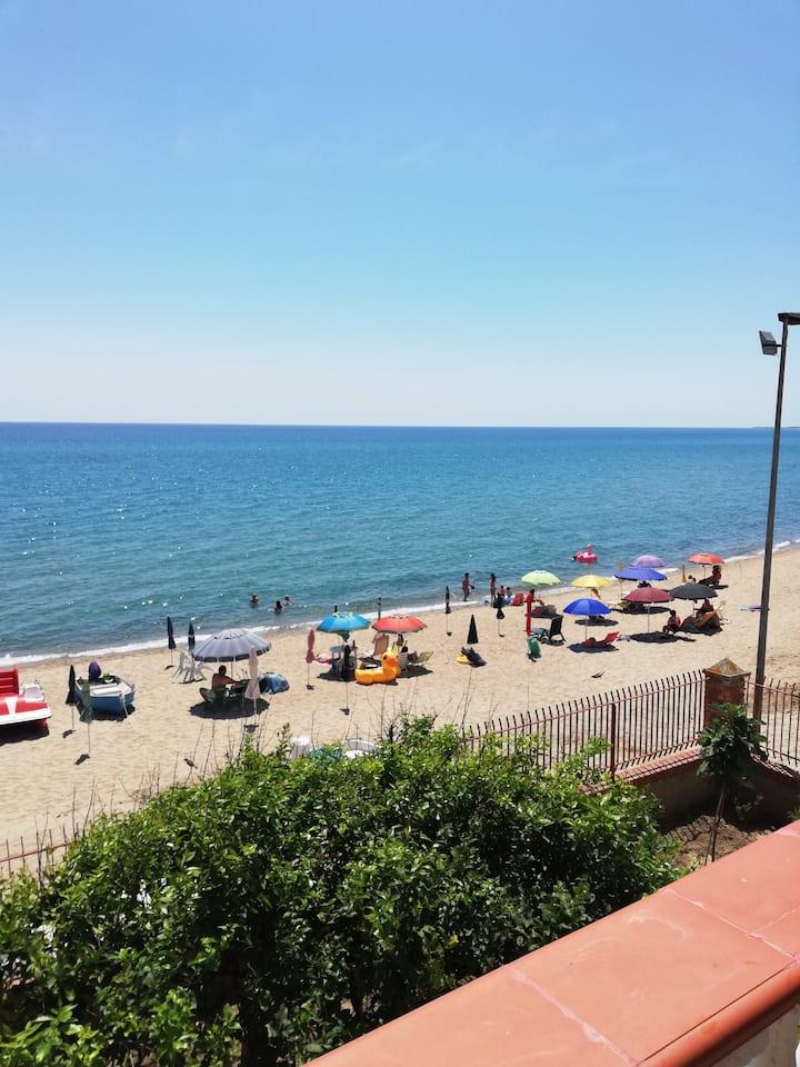 Appartamento in riva al mare