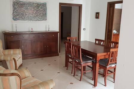 """""""Patini"""" Appartamento in Palazzo d'epoca"""