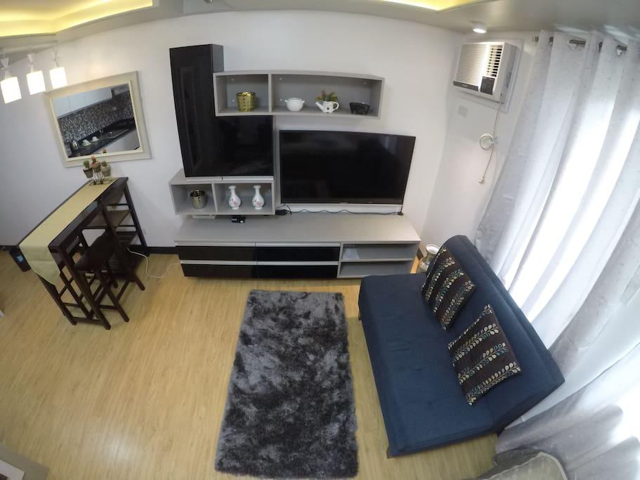 "Comfy sofa bed, 50"" LED TV, Wifi"