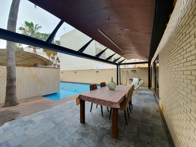 Private Pool house for couples