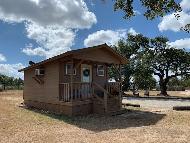 Tabasco Ranch | Cowboy Cabin | Comfort | Vacation