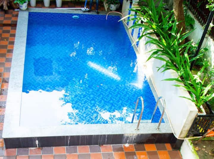 cozy villa, free pool, Clean and quiet