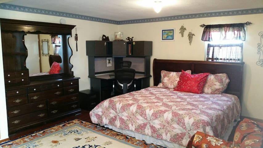 Tennessee River Suite, close to UT - น็อกซ์วิลล์ - บ้าน