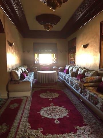 Sweet villa for rent per night