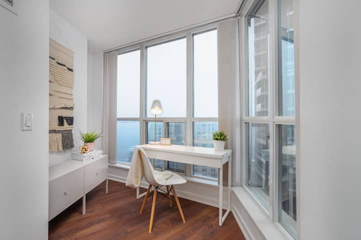 WORK FROM HOME! 1 Bedroom Executive Monthly Rental