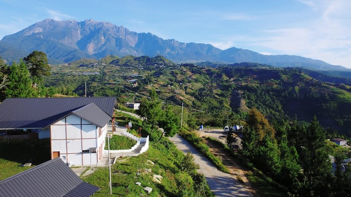 The Hill Kinabalu, Private Room