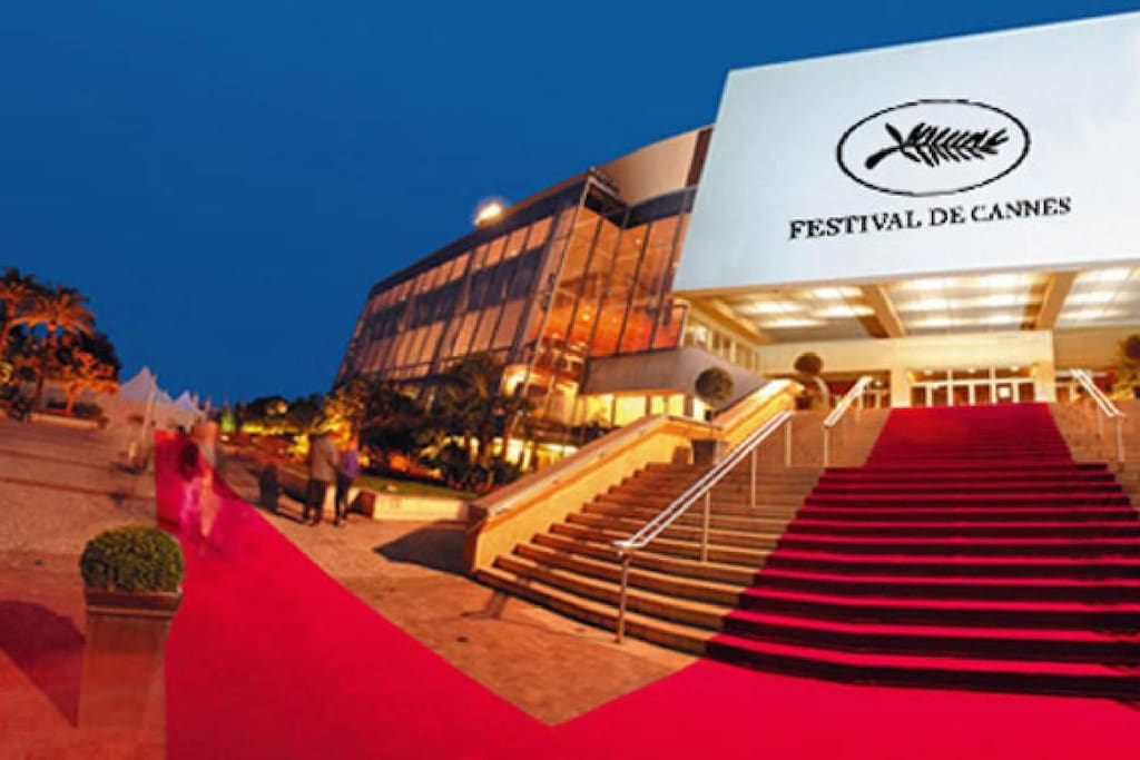 Palais des Festivals is 15 mins walk from the apartment