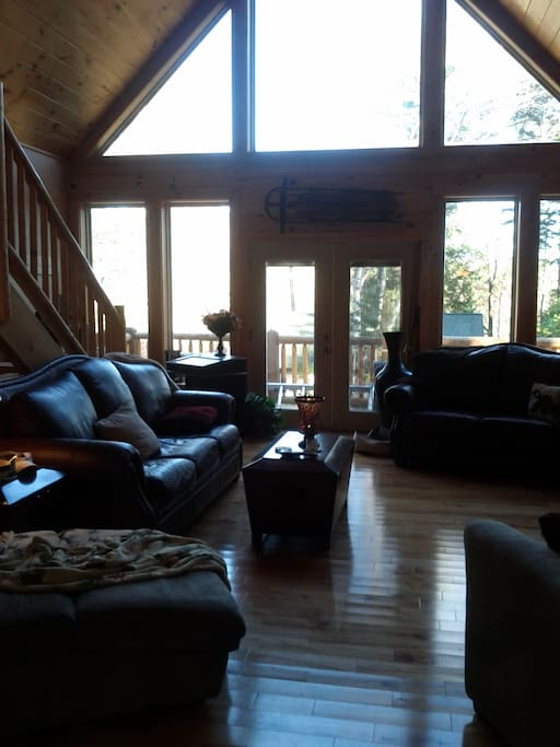 Shared living room overlooking the mountains