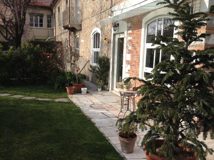 Bella casa con giardino