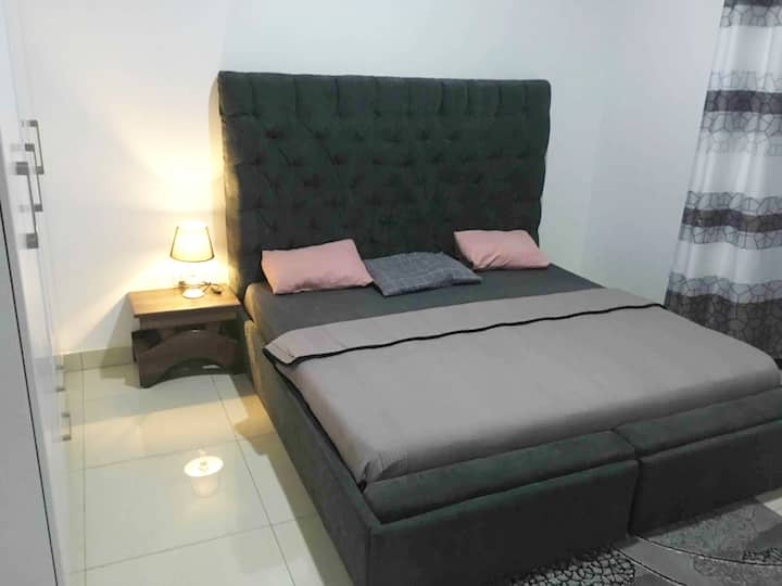 CLEANEST & MOST AFFORDABLE PRIVATE ROOM2 IN KIGALI
