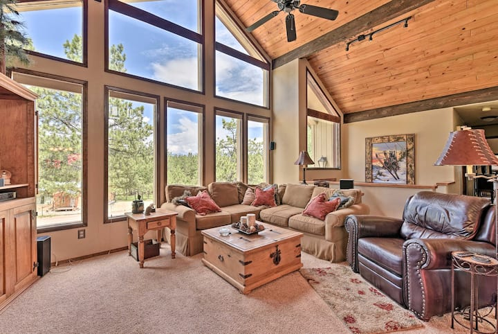 NEW! Spacious Angel Fire Getaway, 2 Mi to Slopes!