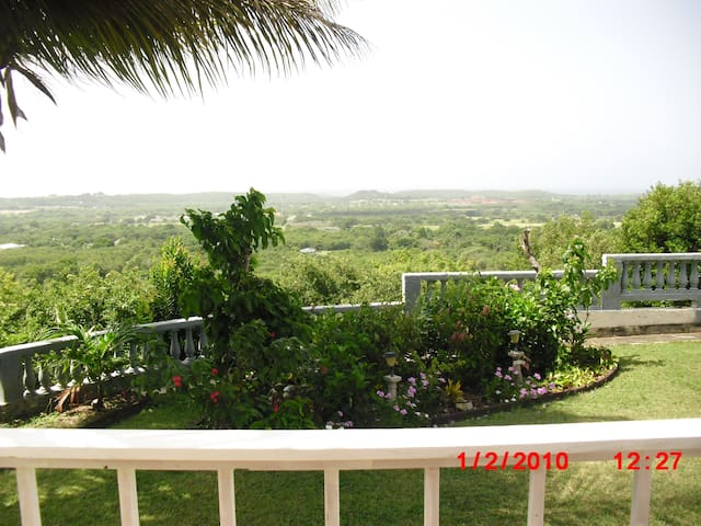 Crucian Gem Seaview Cottage - Frederiksted - Casa de camp