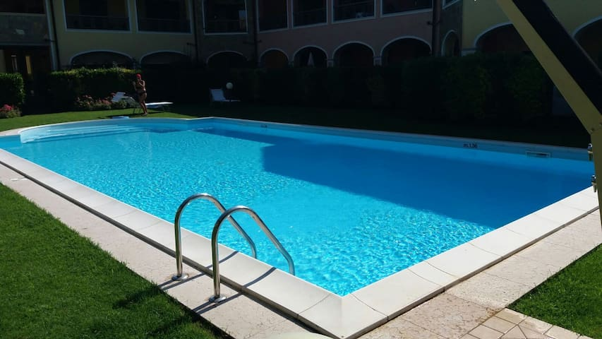 Wonderful villa with swimming pool at Garda Lake - Moniga del Garda - Casa de camp