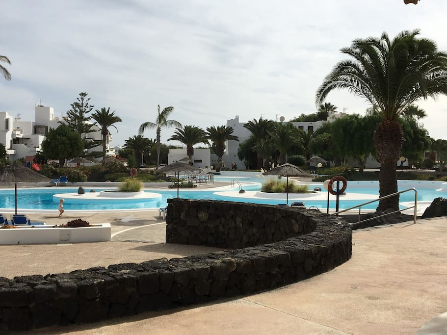 La Piscina Principal del complejo/ Main Pool on the Complex