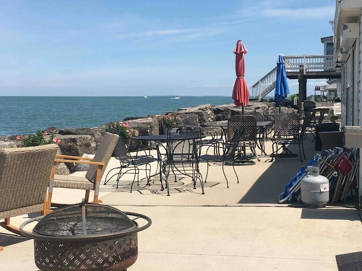 Beachcomber  A Gem on Lake Erie with Private Beach