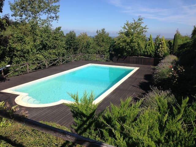Villa Carlotta a Dogliani, nel cuore delle Langhe