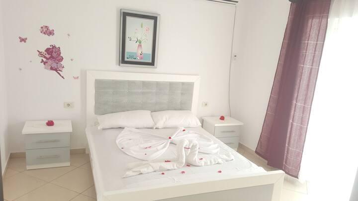 Guesthouse Shehu  Apartaments 1 + 1 No.2*