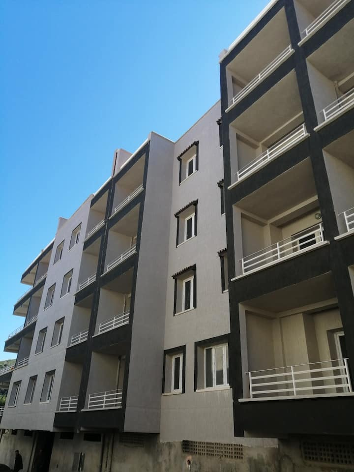 Appartement à louer bejaia(Saket) f2(2)