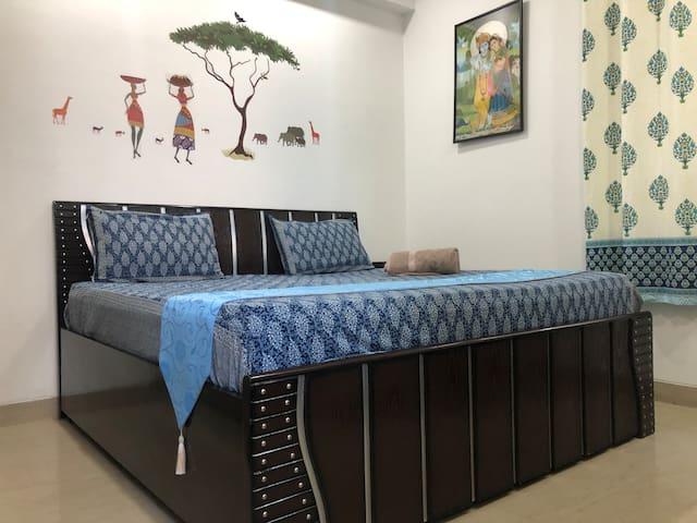 Cozy Emerald Home - Room 4